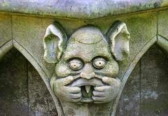 Na na, nana na  !!!  Explore (Jane.Des) Tags: york minster gardens carving stone gargoyle