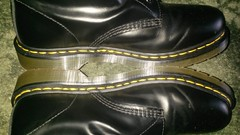 20160703_171827 (rugby#9) Tags: dm feet wear cushioned comfort sole cushion dms docmartens lace original soles bouncing doctormarten docs doc eyelets icon boots drmartensboots dr martens drmartens airwair air wair yellow stitching yellowstitching 10 hole 10hole size7 7 1490 black shoe footwear boot indoor