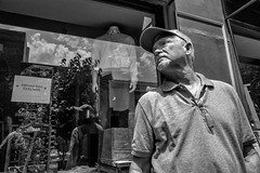 South Philadelphia near Passyunk, 2016 (Alan Barr) Tags: philadelphia 2016 passyunk southphiladelhia southphilly street sp streetphotography streetphoto blackandwhite bw blackwhite mono monochrome candid people city ricoh gr