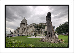 El Capitolio,Havana (Joseph Molinari) Tags: tourism nikon tour havana cuba science tourist government holliday excursion kuba d90 elcapitolio nationalcapitolbuilding cubanacademyofsciences mygearandme