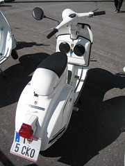 (indy_slug) Tags: vespa rally boombox innsbruck glovebox sept2012