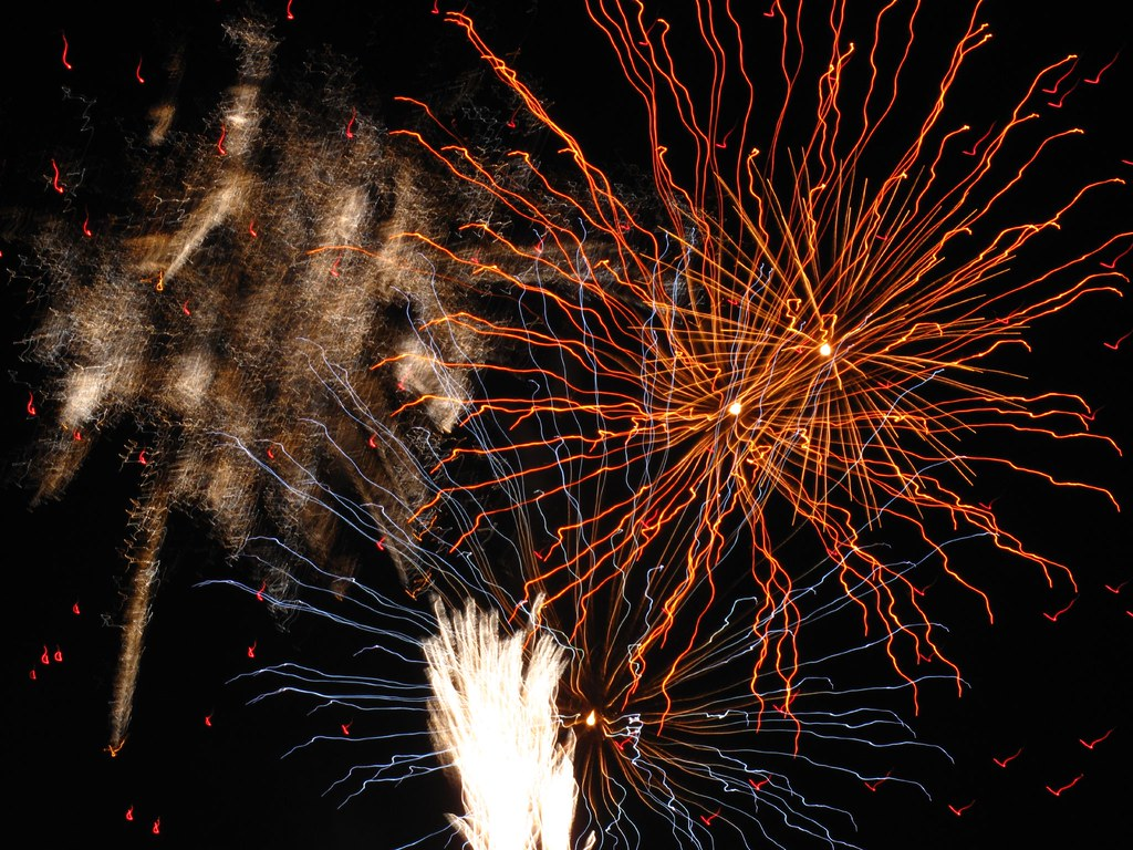 The World\'s Best Photos of fireworks and g10 - Flickr Hive Mind