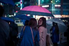 (pablo_martin) Tags: street leica travel pink woman girl smile rain japan night umbrella bag asian japanese tokyo friend waiting shinjuku asia asien crossing shot candid rangefinder nippon asie raining japon japones 2012 japonais tokio m9 japaner japanisch