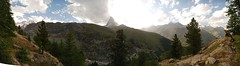 panoramica cervino 1 (eliesporta) Tags: summer cloud mountain alps forest alpes nikon suiza cloudy panoramic panoramica zermatt matterhorn cervino suiss elies d80 eliesporta