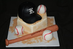 "Baseball party cake • <a style=""font-size:0.8em;"" href=""http://www.flickr.com/photos/60584691@N02/7977159832/"" target=""_blank"">View on Flickr</a>"