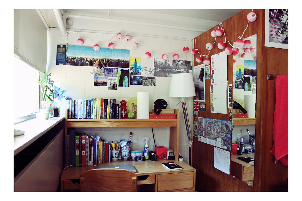... Umassamherst Universityofmassachusetts. Dorm Part Two 45/365 (juliette  Sandbox) Tags: College Desk Room Dorm Part 57