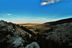 Never ending world (Missoulan pictures) Tags: panorama cliff black wall leaf montana great lewis canyon erosion clark fault hanging plains horizont avalanche thrust blackleaf footwall