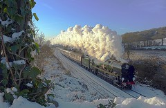 Christmas Steam (Deepgreen2009) Tags: christmas blue winter sky snow cold train climb perfect working ivy bank railway sunny scene surrey hills crisp pullman exhaust merchantnavy gomshall vsoe bulleid uksteam 35028 clanline