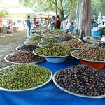 "Different kinds of olives <a style=""margin-left:10px; font-size:0.8em;"" href=""http://www.flickr.com/photos/59134591@N00/8062018956/"" target=""_blank"">@flickr</a>"