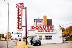 Donut Drive-In (Thomas Hawk) Tags: freshdonutsdrivein missouri route66 stlouis usa unitedstates unitedstatesofamerica donut donuts doughnut doughnuts neon fav10 fav25