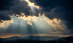Rayons solaire (Keinsei2) Tags: jassansriottier auvergnerhnealpes france beaujolais soleil sky ciel ain alpes sur saone villefranche paysage paysages landscape mont rhonesalpes villefranchesursaone jassans weather extrieur nuage cloud rhone yellow jaune fire feu god ray sun fujifilm xa1