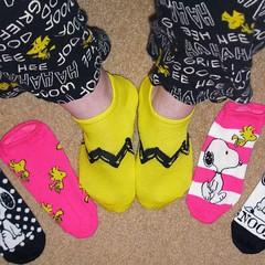 Hot foot! #socks #snoopy #accessories #peanuts #woodstock #collectpeanuts #snoopygrams #snoopyfan #snoopylove #ilovesnoopy (collectpeanuts) Tags: collectpeanuts snoopy peanuts charlie brown