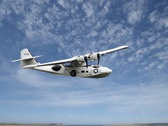 01 Catalina flying at Duxford 2016 (Andy panomaniacanonymous) Tags: 20150710 ccc clouds sky sss