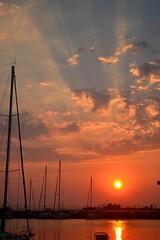 Rayo de sol (Christina 25) Tags: sunbeam sun sol sailing sailingvessel sailingboat sea mar water sky colours reflection ship boats sunset outdoors clouds nature light sunlight macedonia macedoniatimeless makedonia