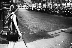 The girl of the street (Ghoul-Seine) Tags: street white black paris france girl zeiss 35mm photography noir dof shot epson blanc f28 rd1s cbiogon cbiogont2835 ghoulseine ramjanally
