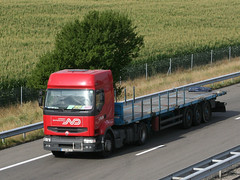 ND 13 (Mulligan2001) Tags: truck renault premium norbertdentressangle