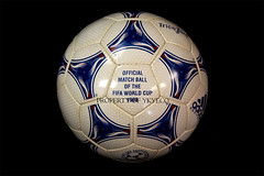 TANGO TRICOLORE FIFA WORLD CUP FRANCE 1998 OFFICIAL ADIDAS MATCH BALL 02 (ykyeco) Tags: world france cup ball football official fussball top fifa soccer ballon tango match 1998 bola adidas pelota palla balon pallone  tricolore   omb   spielball
