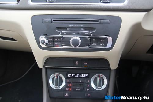 2012-Audi-Q3-39