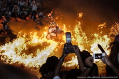 Hanoman In Fire (franciscus nanang triana) Tags: sunset bali art photo dance foto uluwatu seni denpasar triana kecak ramayana nanang hanoman franciscus rahwana sendratari