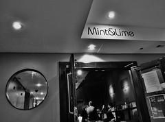 Mint & Lime in Glasgow or Euro Hostel pub (Seigar) Tags: city reflection bar scotland glasgow ciudad escocia reflejo cheap eurohostel theblueheartbeat mintlime seigar