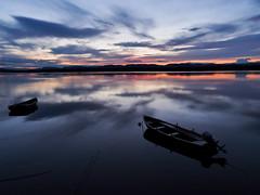 tiver tay calm-7280771 (E.........'s Diary) Tags: eddie rossolympusomdem5markiiscotlandjuly2016 sunset river tay calm reflection boats