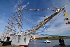 Dar-Mlodzeizy (321dustymix) Tags: tallship woodenboat flags riverblyth river boats ship dar mlodzeizy