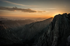 Morning in the mountains (Explore 16.08.16) (Robin-Jacob) Tags: berg berge mountains mountain sun steiermark styria felsen rocks sonne sunrise wolken clouds golden hour goldene stunde aussicht natur nature hiking trekking morning morgen wandern view samsung wide angle nx300 samyang sterreich austria alps alpen outside sky himmel landscape landschaft orange aflenz aflenzer staritzen hochschwab