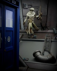 Scavenger Paydirt (MiskatonicNick) Tags: hottoys rey starwars tardis diorama scavenger playscale sixthscale 16