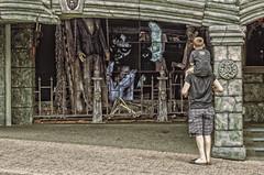 Here's Looking at You, Kid (Paul B0udreau) Tags: raw canada ontario paulboudreauphotography niagara d5100 nikon nikond5100 photoshopcc nikkor70300mm niagarafalls tourist cliftonhill houseofhorrors houseoffrankenstein