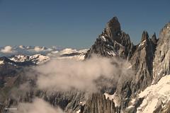 (claudiophoto) Tags: montebianco montblanc alps alpi alpinismo alpiitaliane vette cime roccia alpin massifdumontblanc topeurope vettadeuropa aiguillenoire helbronner