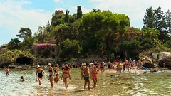 Isola Bella (Semprizio) Tags: isola island taormina sicilia sicily italia italy summer estate beach spiaggia turisti tourists people persone hot caldo sunset tramonto nex6 discover sony sky cielo alberi trees verde green sea mare