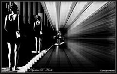 Galleria di immagini - Settembre-2016 (agostinodascoli) Tags: nikon nikkor galleria tunnel donna photoshop art digitalart photopainting bianconero agostinodascoli