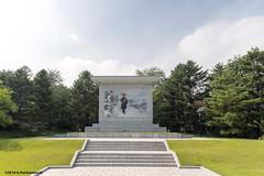 Mural depicting Kim Il-Sung leaving his home (George Pachantouris) Tags: dprk north korea pyongyang kim ilsung jongil jongun communism socialism