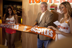 Hooters of Budapest Grand Opening (Hooters Restaurants) Tags: budapest hooters hootersgirls hooterswing hootersbudapest hootersgrandopening