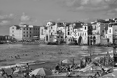 Summer days (Freelance Professional Photographer) Tags: bw italy white black blanco canon eos italia negro sicily 5d sicilia markii sicilian perecarbonell pcarbone fotopress