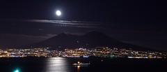 Welcome Home (LolloCica) Tags: mare luna napoli naples luci vesuvio notte naplesbynight napolidinotte panoramadinapoli vesuviobynight