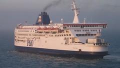 P&O Ferries. Pride of Calais. (Drive-By Photography) Tags: ferry po dover calais prideofcalais