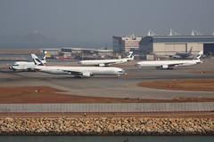 Cathay Jets at 07R (TFG Lau) Tags: hongkong airbus boeing hkg cathaypacific cpa hkia vhhh shalowan ahkgap