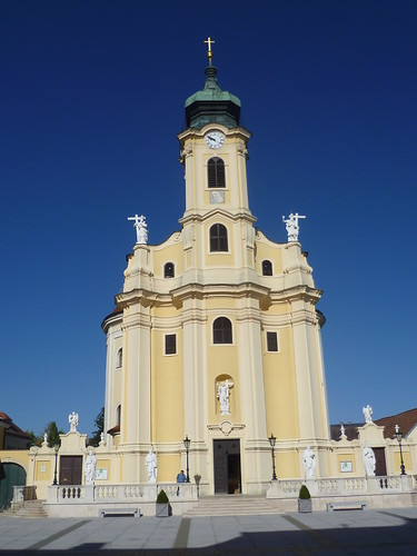 Laxenburg, L. Austria, Pfarrk. Erhöhung d. Kreuzes, la chiesa parrochiale all'Esaltazione della Santa Croce, la iglesia parroquial de la Exaltación de la Cruz Santa, l'église paroissiale à l'Exaltation de la Sainte-Croix, church to the Feast of the Cross
