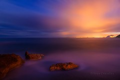 Frio y calido (90 EXPLORE - 02 - 10 - 2012) # 53 (Jose Casielles) Tags: costa color luz azul luces mar agua ciudad colores crepusculo naranja frio cala rocas yecla villajoyosa calido fotografasjosecasielles