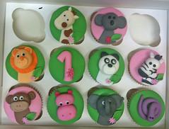 Cute Zoo Cupcakes