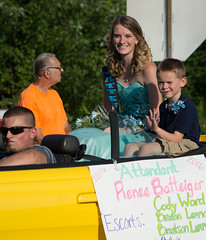 Adamsville Parade 7-20-2016 (Paula R. Lively) Tags: horses kids candy parades firetrucks tractors oldcars policecars beautyqueens paularlively