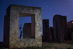 Sculpture by Ljubo De Karina (http://www.de-karina.net/) (Definder) Tags: nachtaufnahme brsec brsecskulpturenljubodekarina nachtaufnahmen 2016kroatienistrien