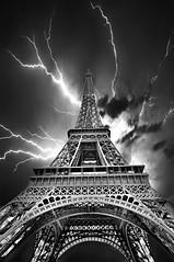 Coup de Foudre - Explored! (DeeMac) Tags: eiffeltower bw lightning coupdefoudre drama eiffeltoweratnight slidersunday hss
