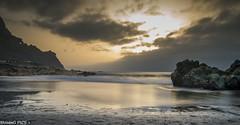 Mi sol (MoissGPics) Tags: sol sand largaexposicin longexposure landscape luz d3200 atardecer arenas arena agua tripode tenerife water cielo hdr