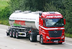 Mercedes Actros new look GDA RR78 (gylesnikki) Tags: red truck artic tanker mp4 2012 pawtrans