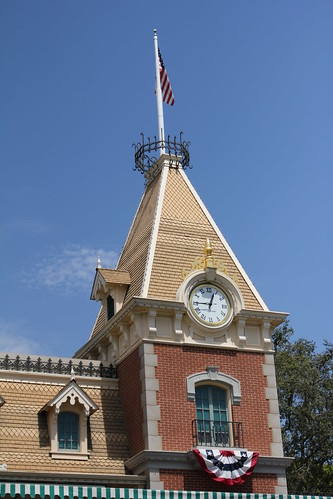 Disneyland Main St. Train Station Clock