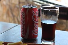 Coca-Cola (Bella Victória) Tags: cup tin chips cocacola refrigerante copo lata fritas refrigerant