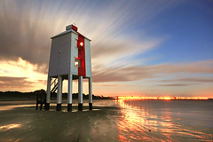 moon lighthouse 600 (Colin Watt) Tags: cloud moon lighthouse beach water bay streetlights burnham top20lh