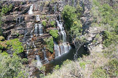 Chapada dos Veadeiros (Stella Pado) Tags: brasil gois alto paraso parque nacional da chapada dos veadeiros national park cachoeira waterfall almcegas 1 nature natureza paisagem landscape